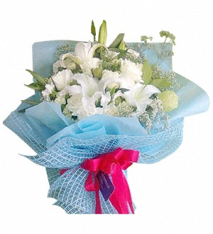 Whitle Lilies Bouquet